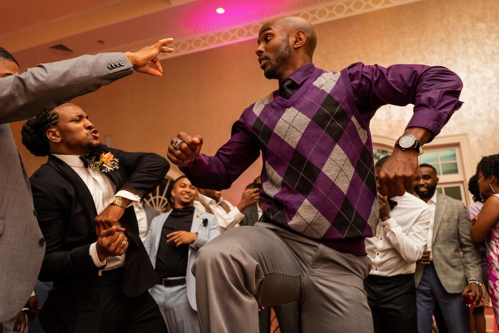 059-christopher-jason-studios-morais-vineyard-winery-virgina-wedding-african-american-bride-and-groom.jpg
