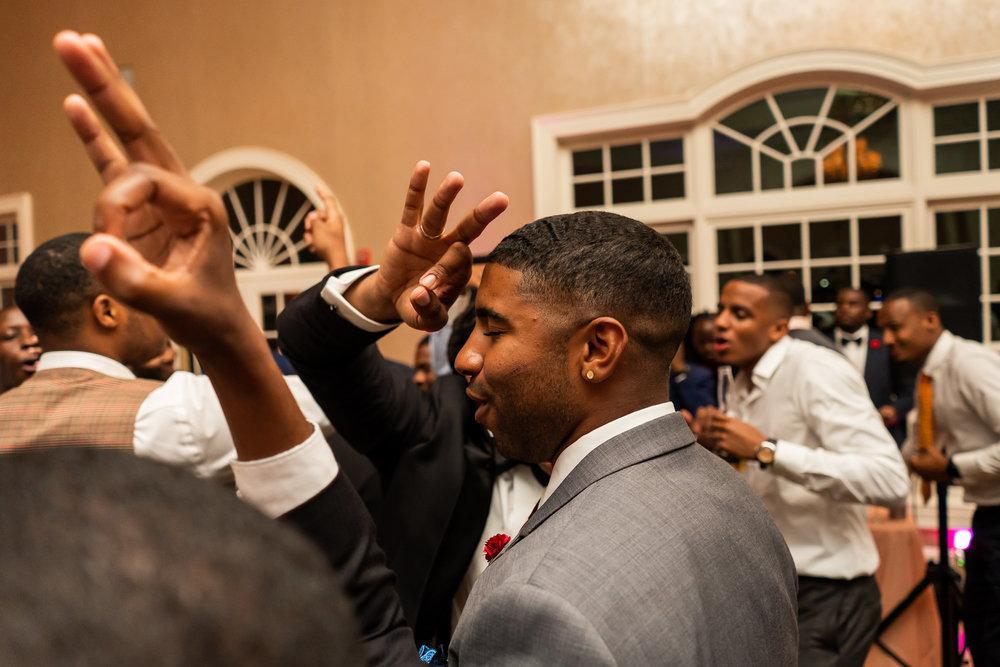 061-christopher-jason-studios-morais-vineyard-winery-virgina-wedding-african-american-bride-and-groom.jpg