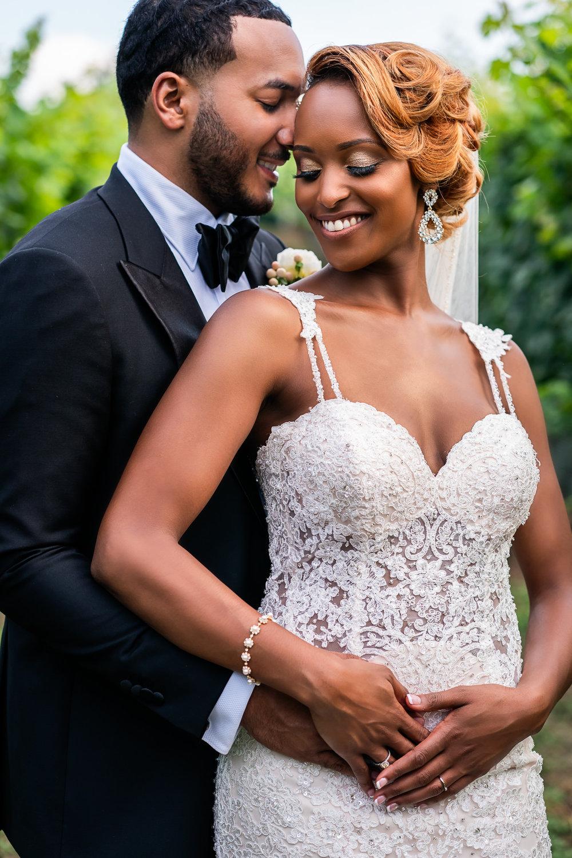 065-christopher-jason-studios-morais-vineyard-winery-virgina-wedding-african-american-bride-and-groom.jpg