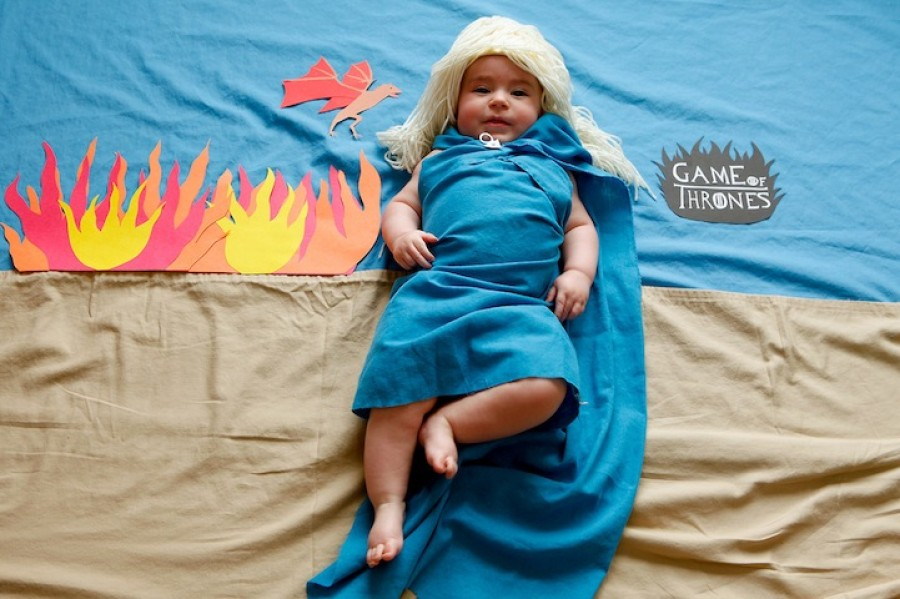 http://i.huffpost.com/gen/1671243/thumbs/o-GAME-OF-THRONES-BABY-900.jpg
