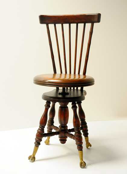 chair_DEB_0271_72ppi.jpg