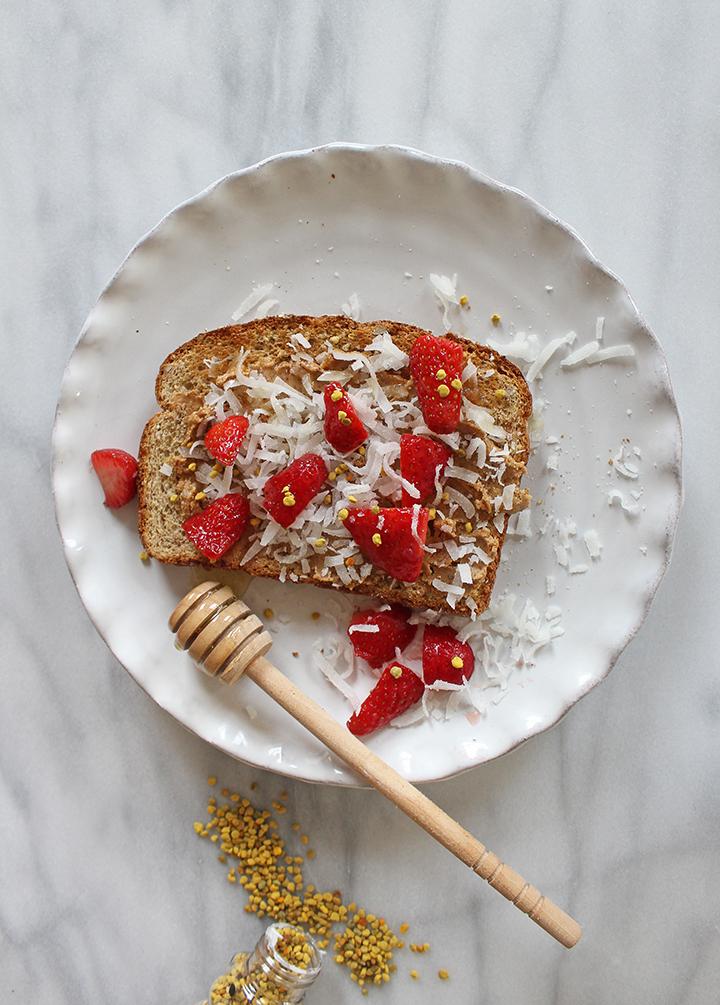 PlatedColor-StrawberryToastwithBeePollen3
