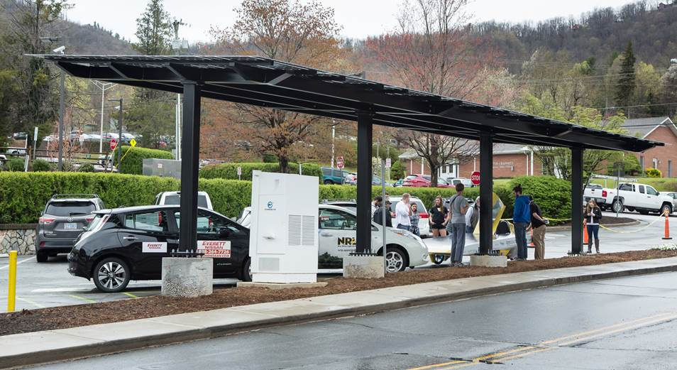 This 45-collector Community Solar system and EV Charger was just dedicated on Earth Day, April 22, 2016, here in Boone by Climate Voices US, a non-profit partner of The Climate Times