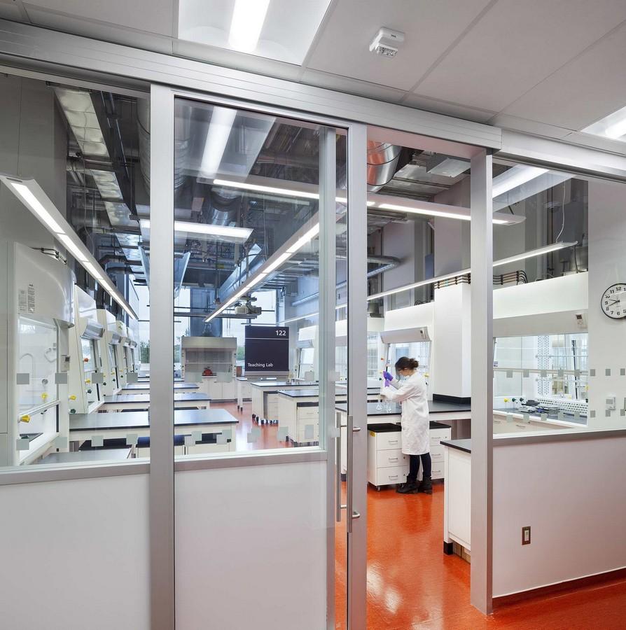 UofT Environmental Science & Chemistry Building 2.jpg