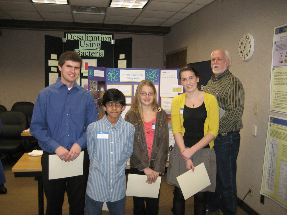 2010 Science Fair students.JPG