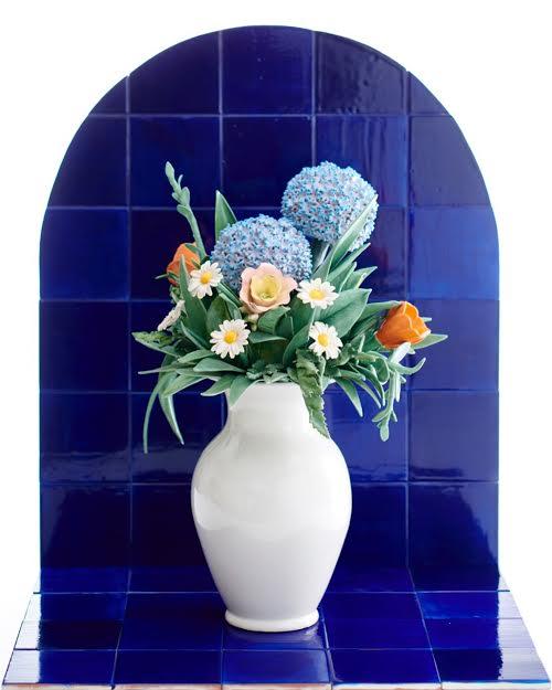 Flower vase_sophieaguilera.jpg