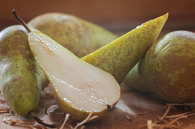 cut pears-1230134_640.jpg