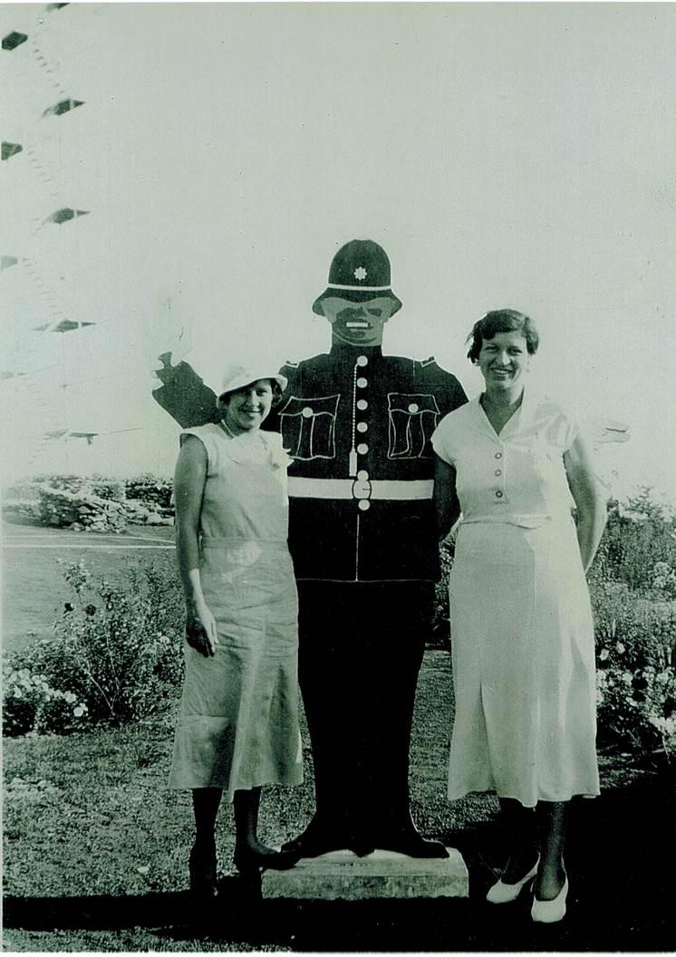 PolicemanwithMadeleneTaylorandDell Snyderman1940.jpg