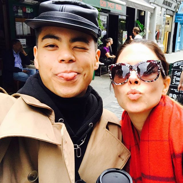 Last day in London was sort of magical - I got to wander aimlessly (one of my favorite past times) and hang with the fabulous dancer, @jorgeeeeeeeeee who I met on the Armin Tour. Happy Friday! 🍃🌞🍸