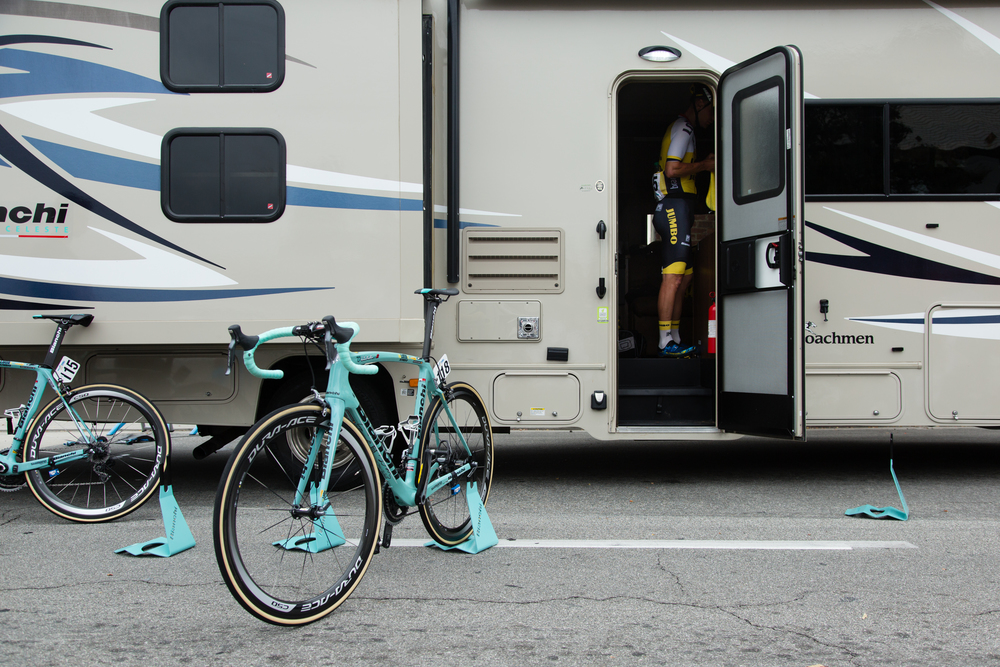 A LottoNL-Jumbo rider prepares for the race.