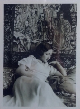 Amiryani's grandmother, Touri, with the Mashaheer carpet in 1934.