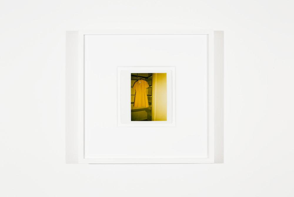 BECro-017_Yellow dress_1980_1200px.jpg