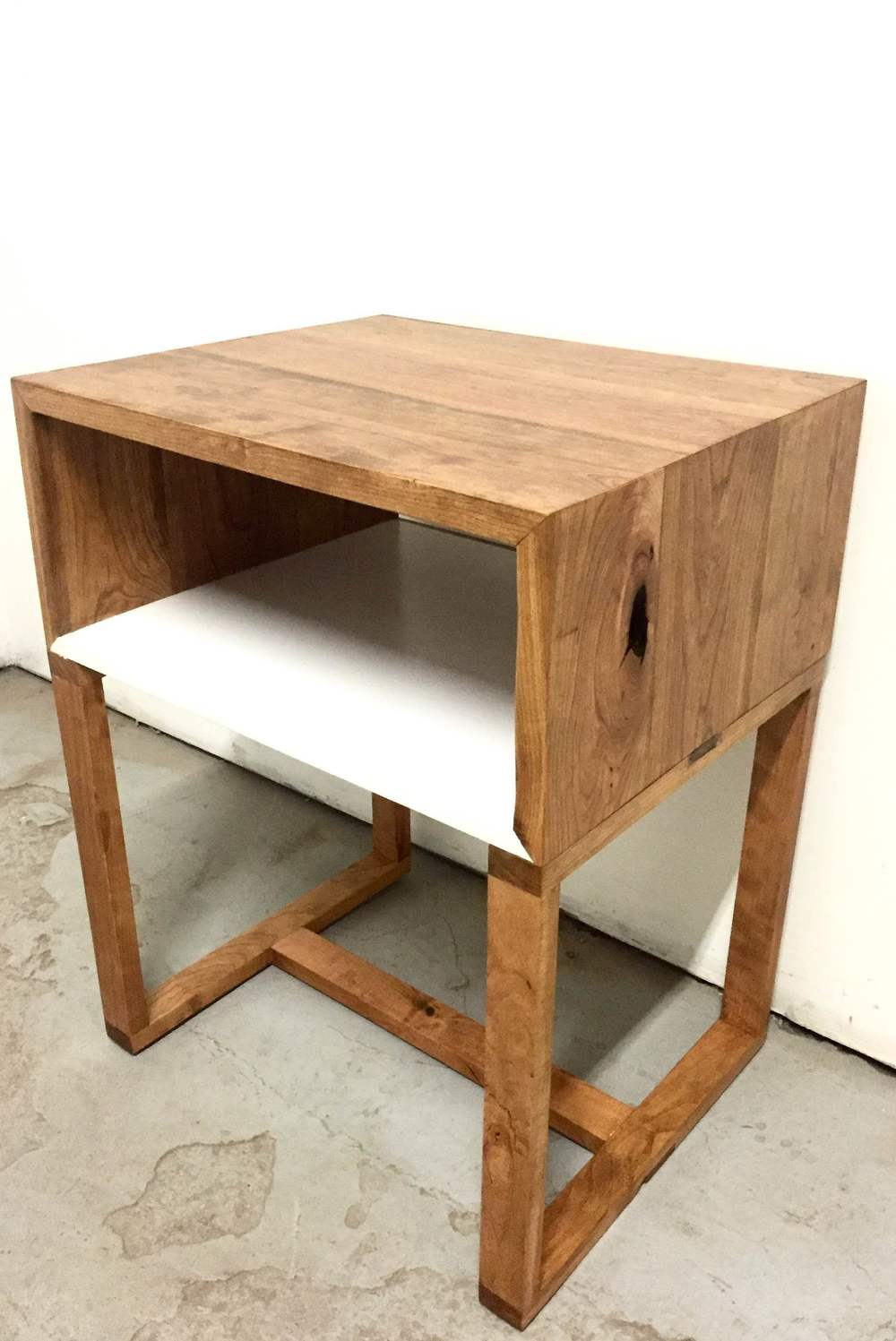 cherry end table 1.JPG