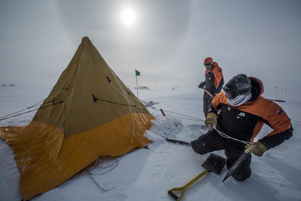 Putting up a Scott tent