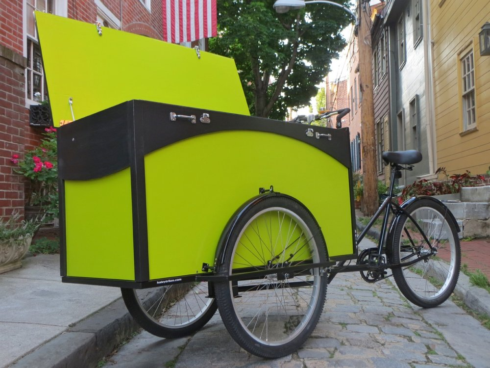 A cargo bike for bass guitars