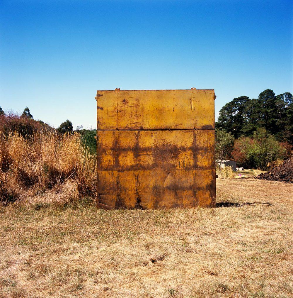 Strange yellow thing near Daylesford