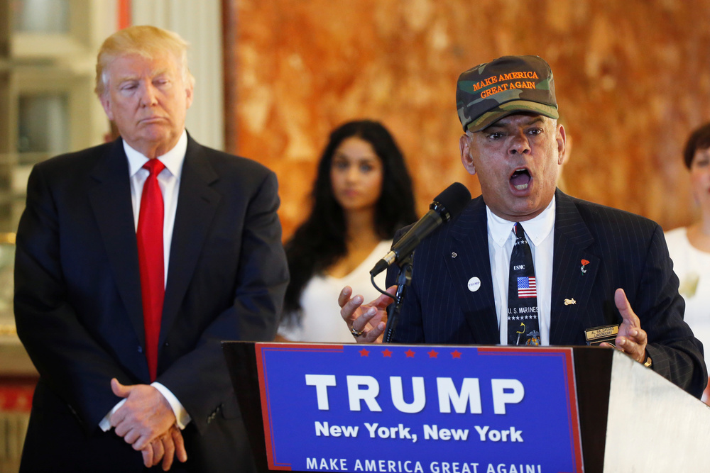 Donald Trump's Veterans Advisor Says Hillary Clinton Should Be 'Shot For Treason'