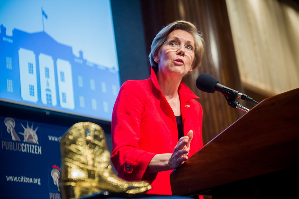 Elizabeth Warren Says Google, Apple and Amazon 'Snuff Out Competition'
