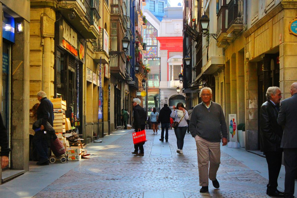 Bilbao's old part of the town is full of narrow streets with boisterous bars and shops.