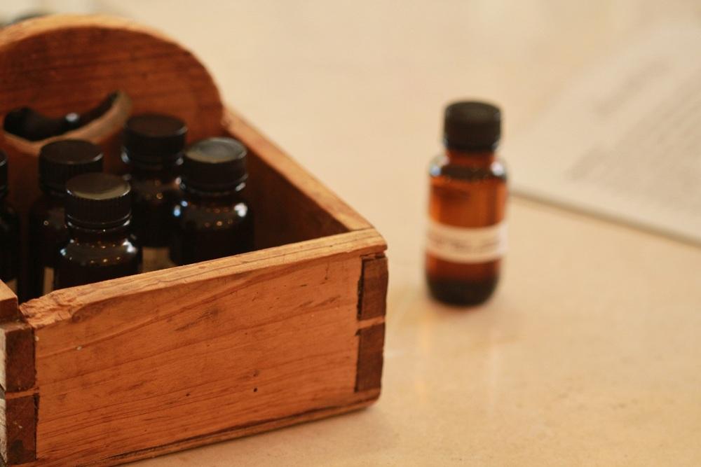 olieve-and-olie-soap-making-workshop-essential-oils.JPG