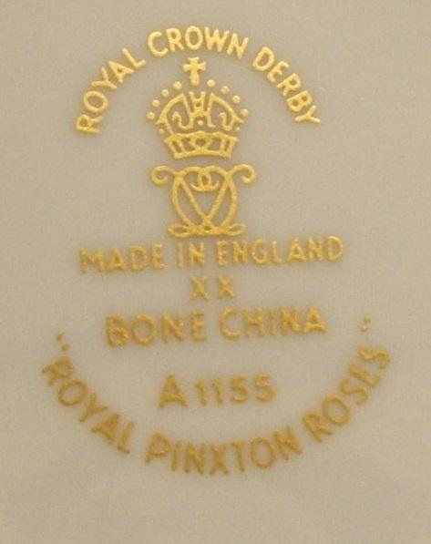 A1155 Royal Pinxton Roses (2).jpg