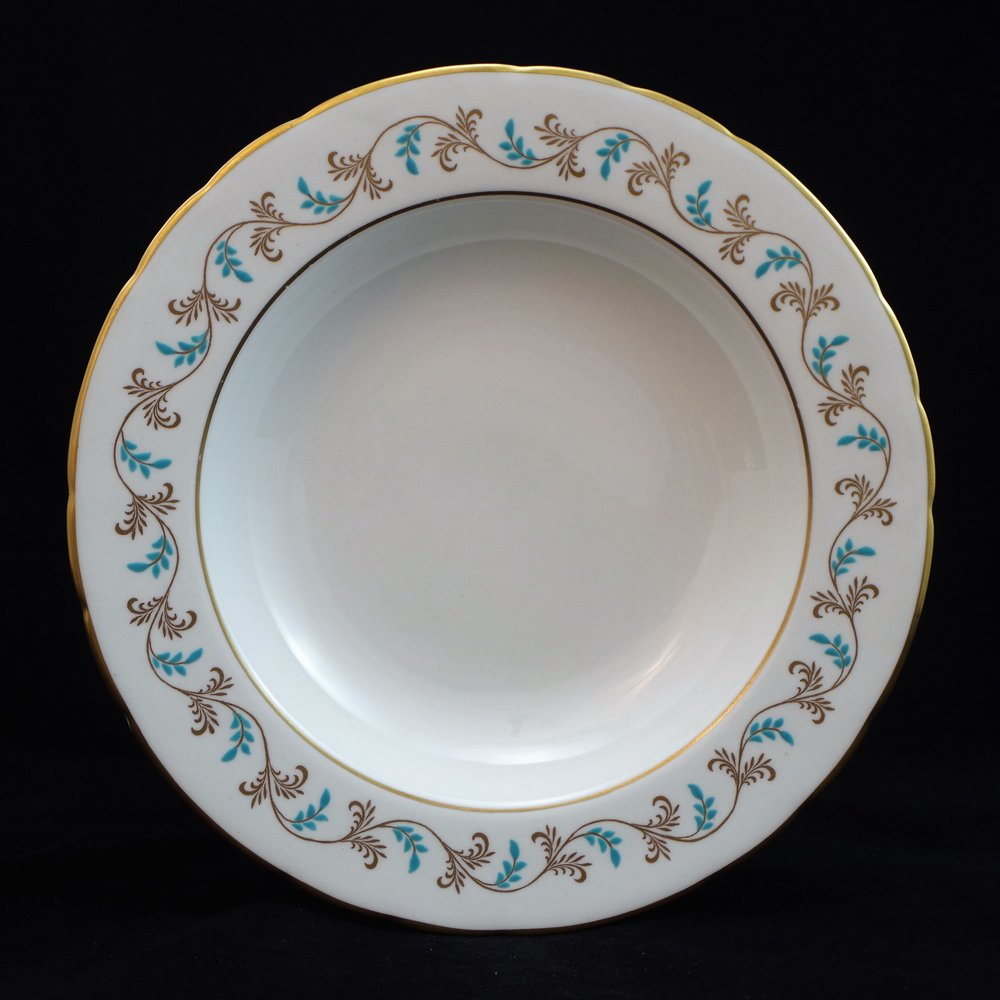 royal-crown-derby-george-VI-diana-pattern-bowl