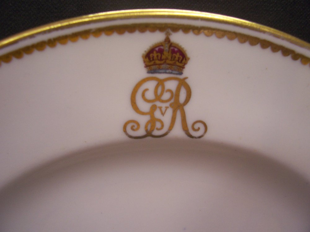 royal-crown-derby-george-V-royal-yacht-monogram