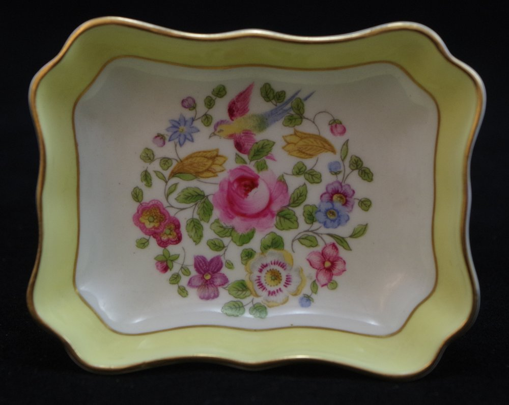 royal-crown-derby-oblong-tray-1800-yellow-ground-cotswold-centre