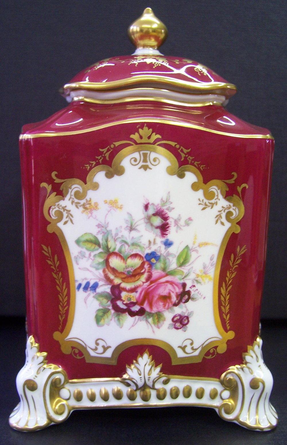 royal-crown-derby-maroon-ellis-caddie-1796-shape