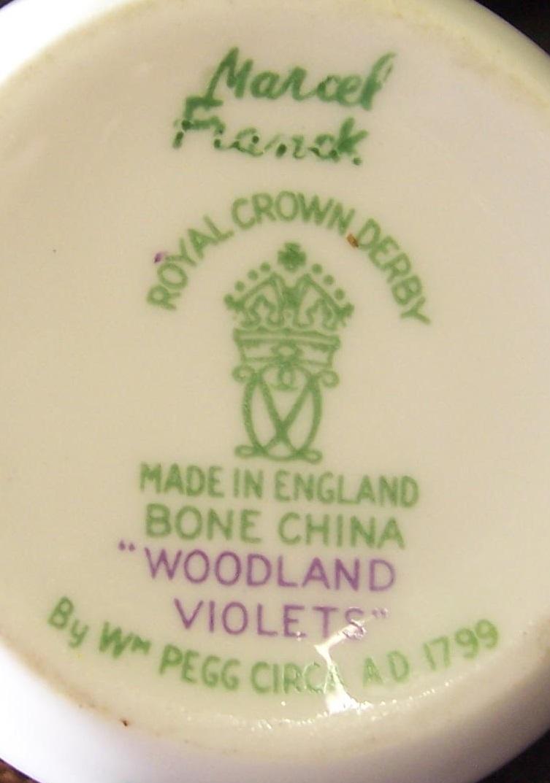 royal-crown-derby-marcel-franck-atomiser-woodland-violets-A1184-mark
