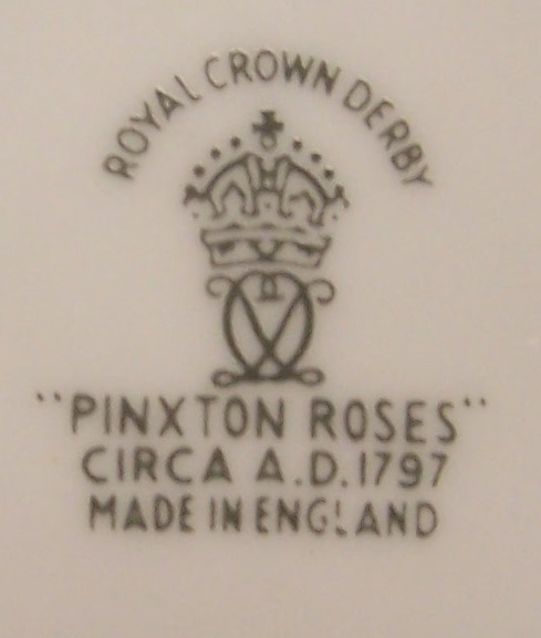 royal-crown-derby-table-lighter-pinxton-roses-A1120-mark