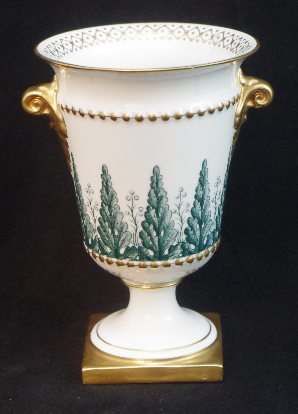 royal-crown-derby-vase-green-trees