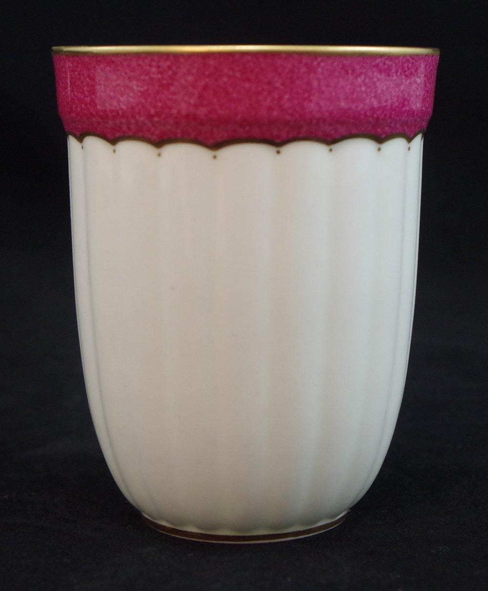 royal-crown-derby-fluted-beaker-powdered-maroon-rim