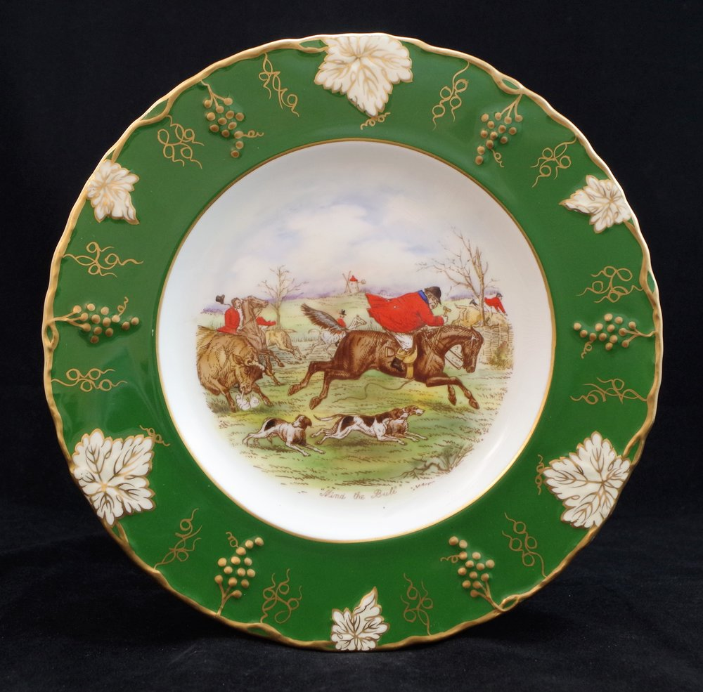royal-crown-derby-vine-siam-green-ground-jorrocks-1