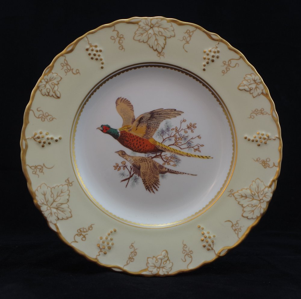royal-crown-derby-vine-ivory-ground-pheasants