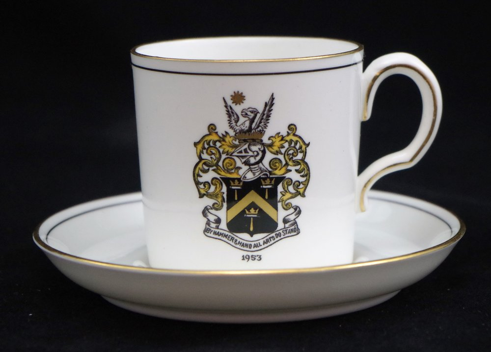 royal-crown-derby-edinburgh-the-worshipful-company-of-blacksmiths