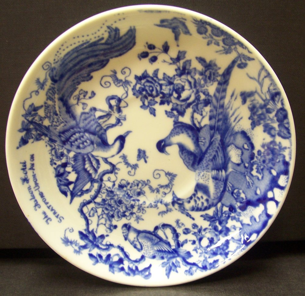 royal-crown-derby-blue-aves-the-falcon-hotel-stratford-saucer-A74