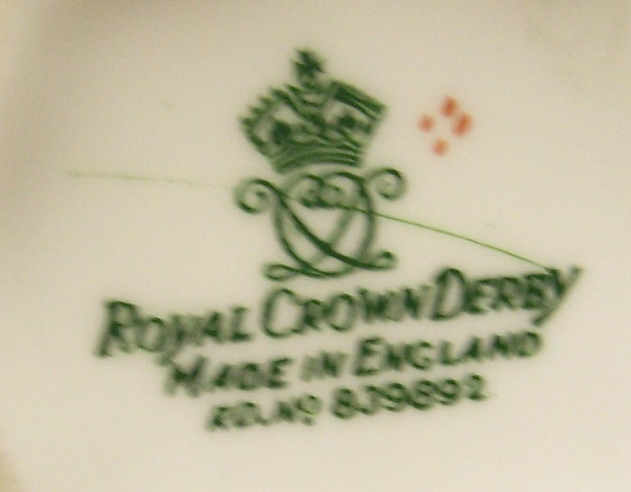 royal-crown-derby-surrey-soroptimist-international-association-mark