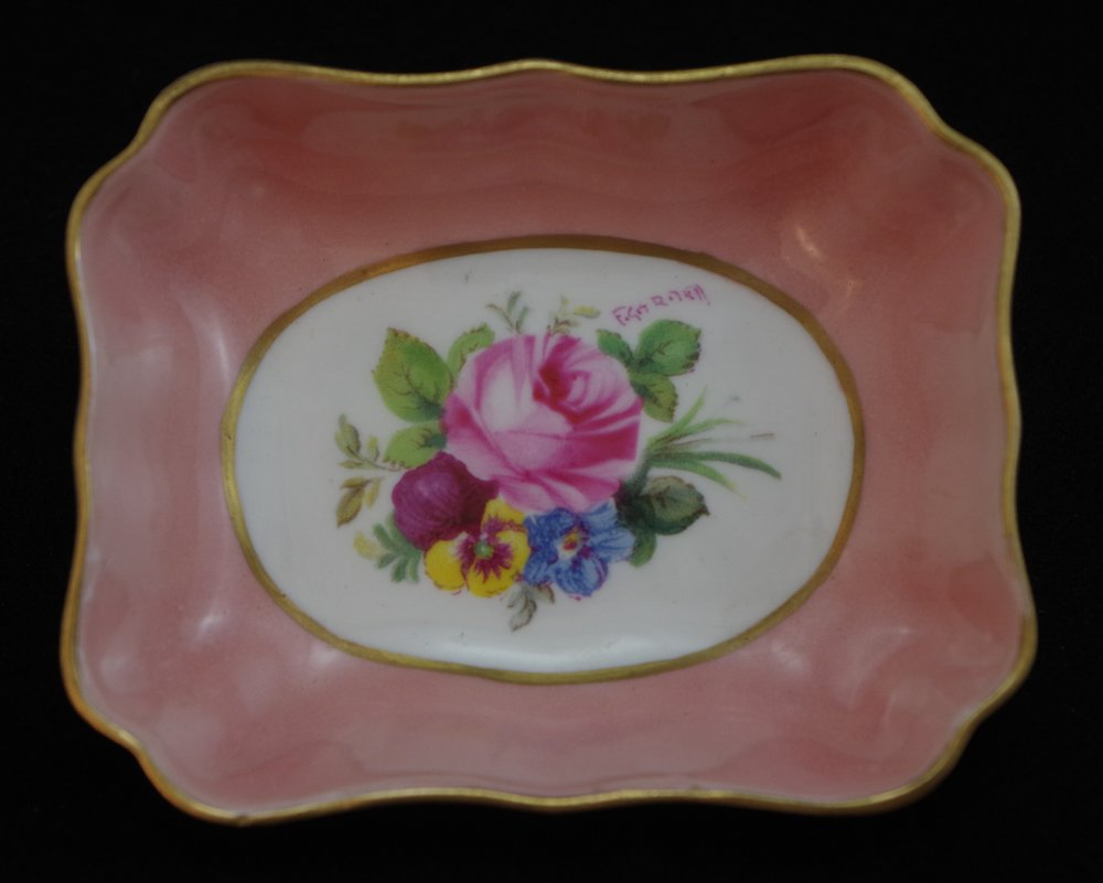 royal-crown-derby-1800-shape-tray-salmon-posie-forest-lodge-1852-ladies-evening-1951