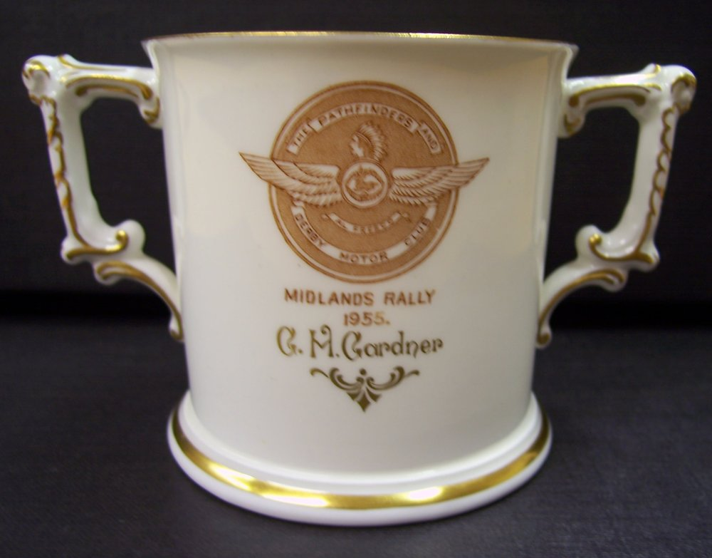royal-crown-derby-loving-cup-derby-posie-the-pathfinders-and-derby-motor-club-midlands-rally-g-m-gardner-1955-A228-reverse