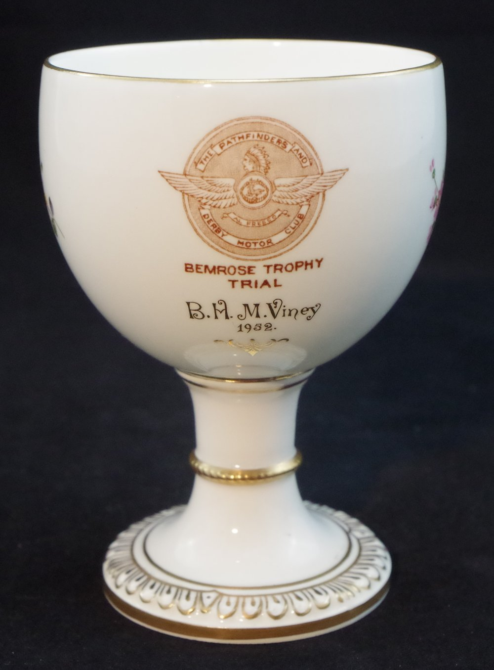 royal-crown-derby-goblet-1942-shape-derby-posie-the-pathfinders-and-derby-motor-club-bemrose-trophy-trial-1952-hugh-viney-A228-reverse