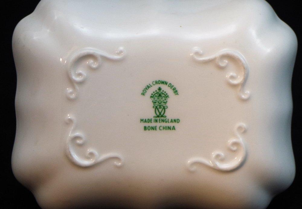 royal-crown-derby-1800-shape-oblong-tray-radio-industries-club-mark