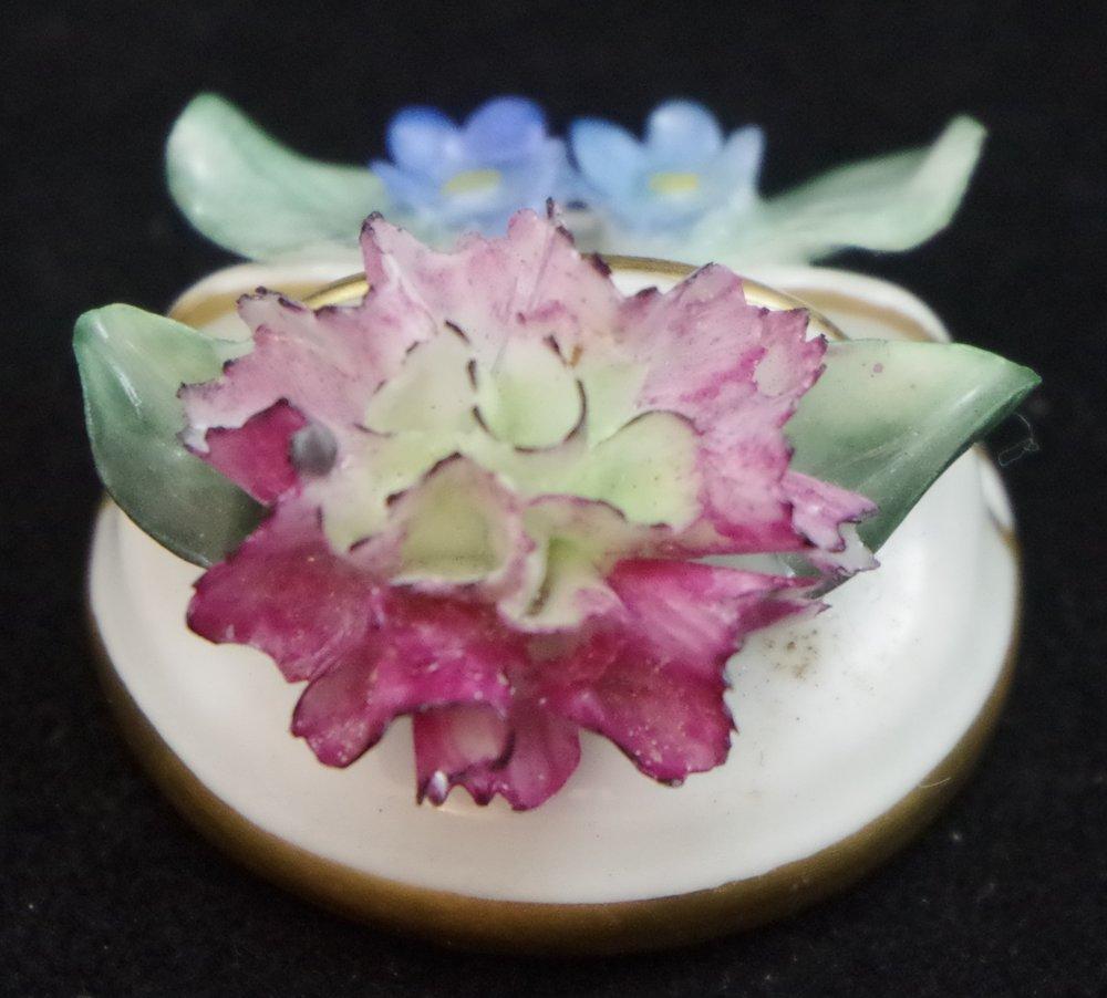 royal-crown-derby-floral-place-name-holder-l