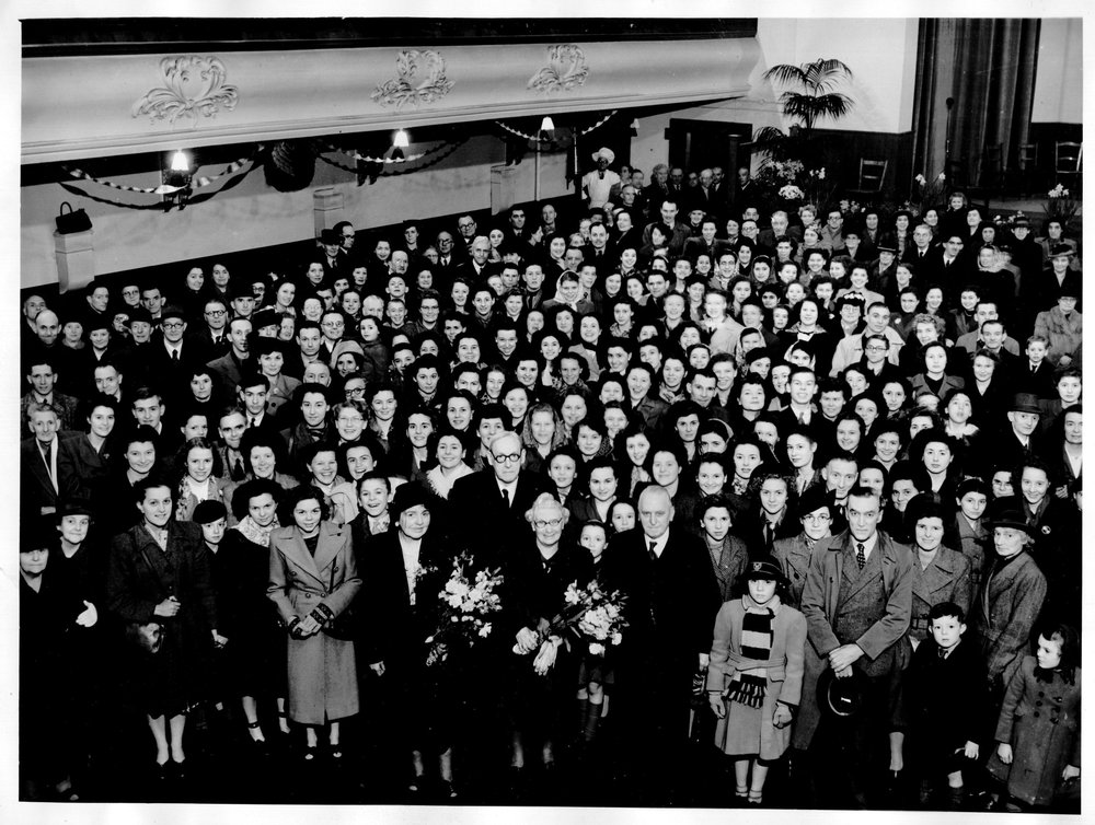 royal-crown-derby-staff-photograph-churchill-hall-march-1949