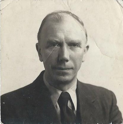 Photograph of Thomas taken in 1947