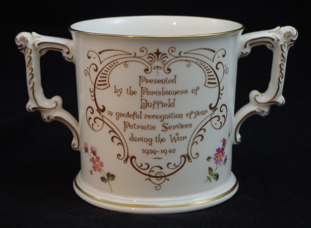 royal-crown-derby-loving-cup-derby-posie-A228-duffield-reverse