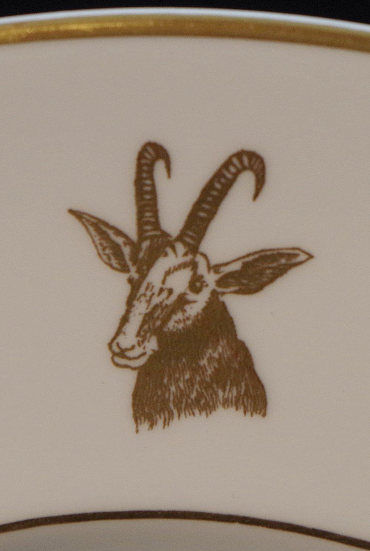 royal-crown-derby-roan-antelope-rhodesia-plate-1959-motif