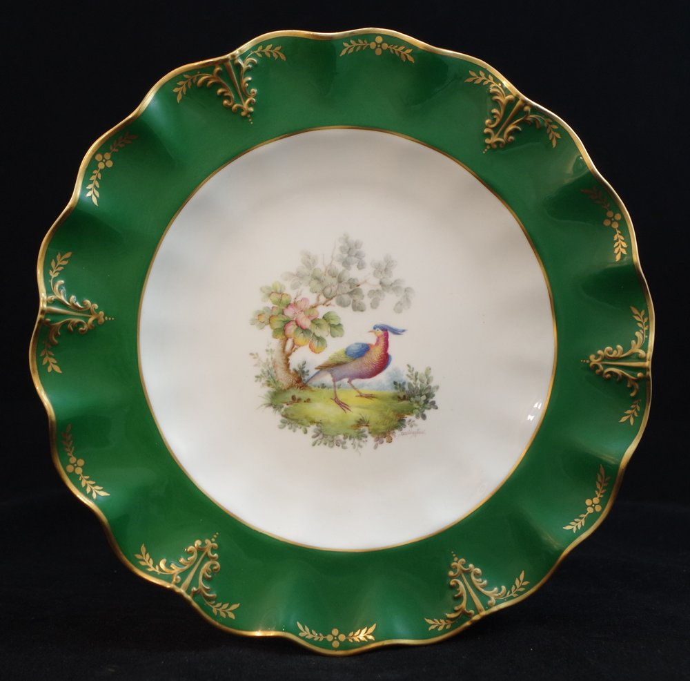 royal-crown-derby-clarence-shape-green-ground-to-rim-bird-centre-darlington-1921