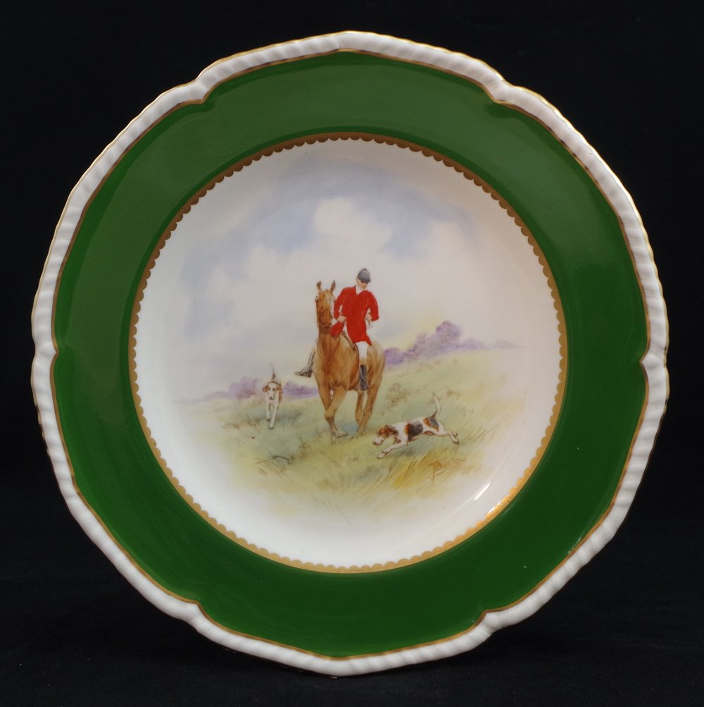 royal-crown-derby-gadroon-green-ground-hunting-scene-2