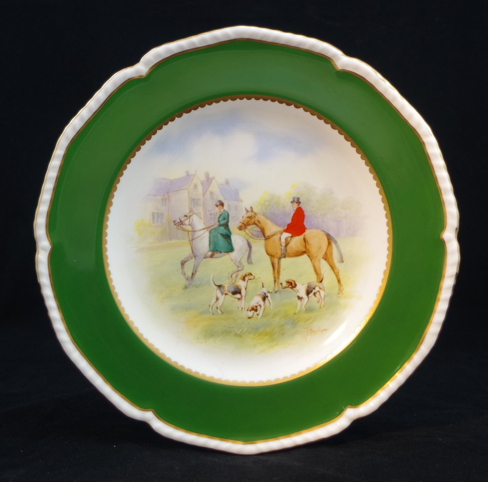 royal-crown-derby-gadroon-green-ground-hunting-scene-5